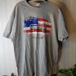 Men's Size XL Patriotic Chevrolet Camero T-Shirt